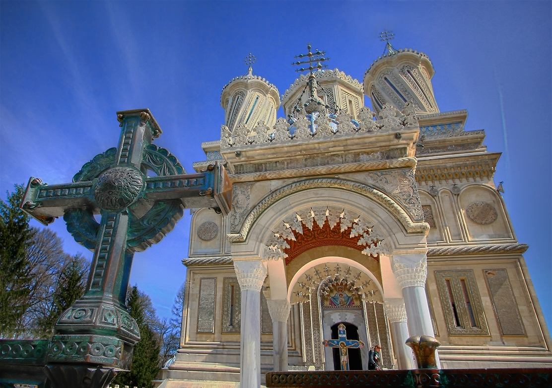 curtea-de-arges-cathedral-cross-christian-orthodox-churches-monasteries-romanian-architecture