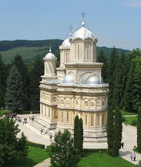 curtea-de-arges-monastery-orthodox-church-romania